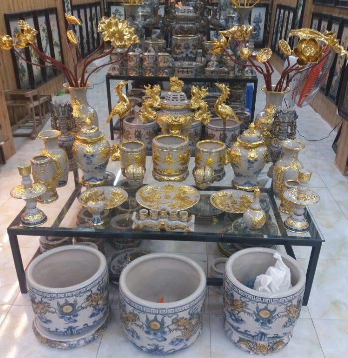 Bộ đồ thờ gốm sứ dát vàng