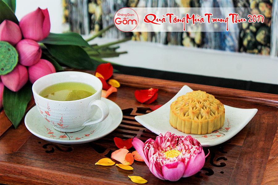 Quà tặng trung thu tách trà lớn có quai hoa đào, quà trung thu cho doanh nghiệp