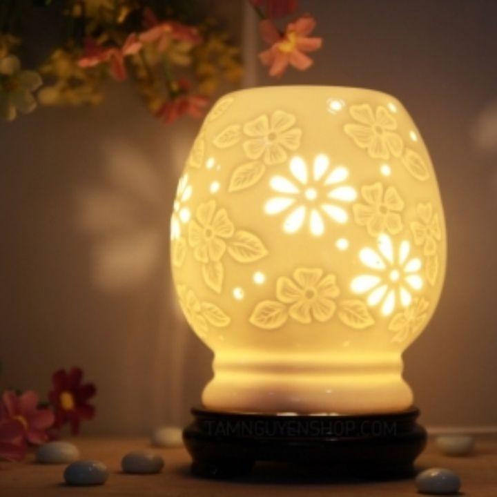 Đèn xông tinh dầu khả năng khuếch tán hương thơm tạo cảm giác dịu nhẹ tốt cho sức khỏe