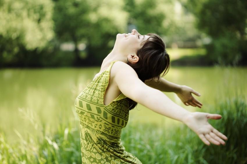 Tạo cảm giác thư thái yêu đời-Đèn xông tinh dầu tràm mang cuộc sống tuyệt diệu đến bên bạn