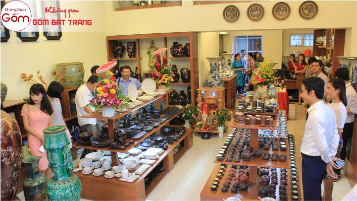 Cửa hàng ấm trà ấm chén Bát Tràng gốm sứ cao cấp tại TPHCM - Đà Nẵng