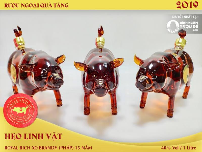 Rượu con lợn linh vật 2019 gây sốt tại Việt Nam