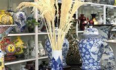 Bình hoa men lam truyền thống