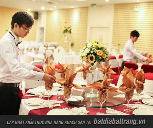Kinh nghiệm vàng để phục vụ tiệc cưới trong nhà hàng khách sạn