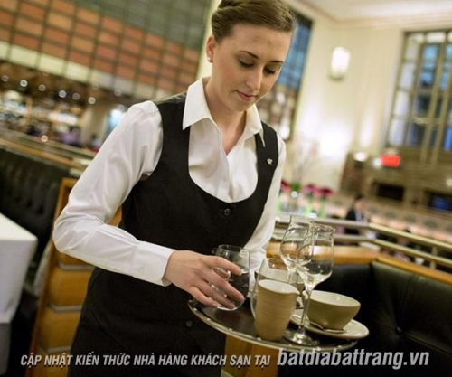 Bí quyết để trở thành nhân viên phục vụ nhà hàng chuyên nghiệp